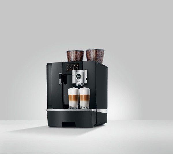 JURA GIGA X8 G2 2 x Latte Mac.