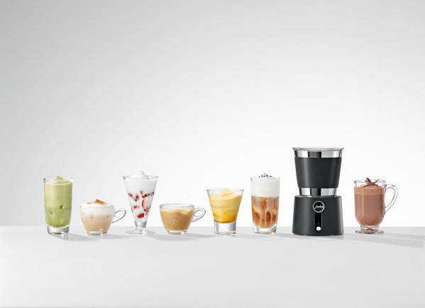 JURA Mælkeskummer med diverse kaffespecialiteter